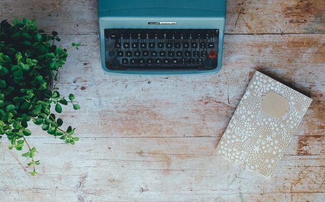 Typewriter by Annie Spratt via Unsplash